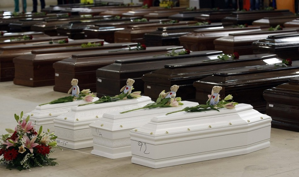 Lampedusa_coffin_kids