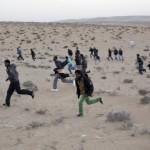Refugees_run